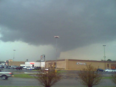 Tornado over mall in Columbia, Tennessee